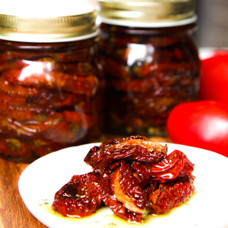 HOMEMADE SUN-DRIED TOMATOES preserved in olive oil